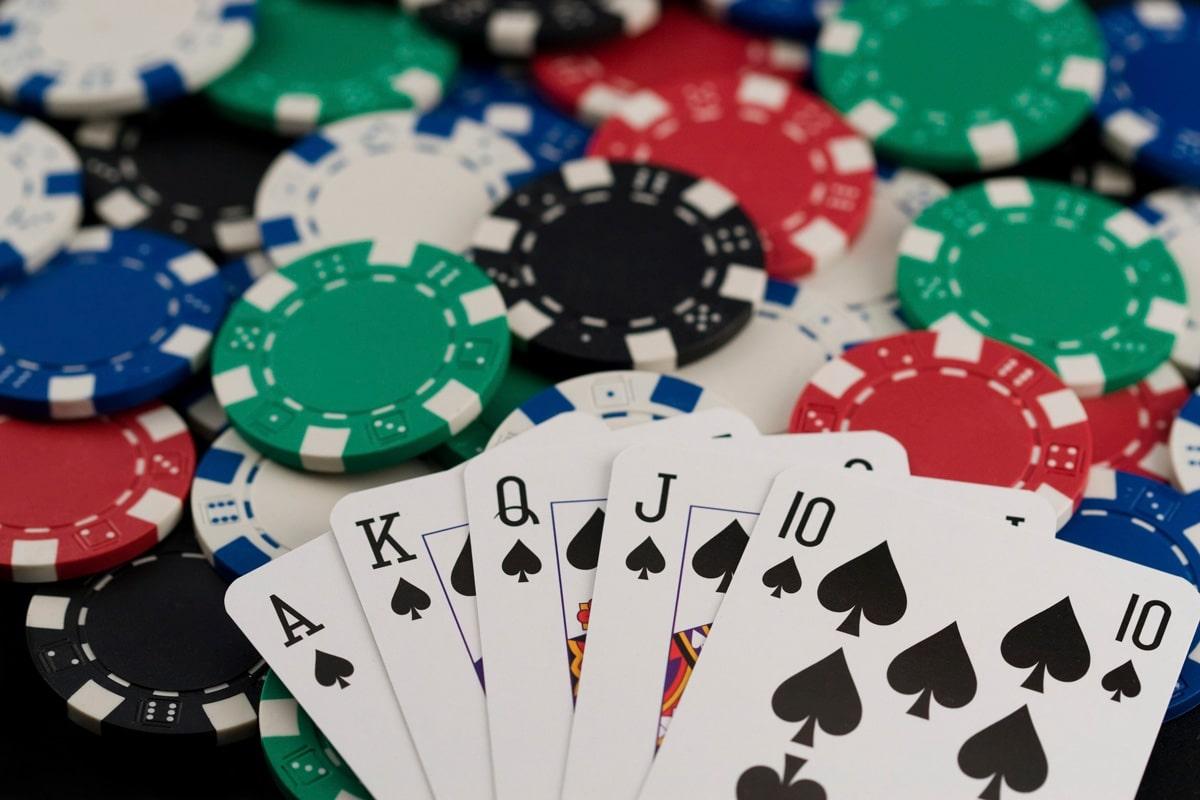 Hướng dẫn chơi game bài Poker đổi thưởng tại nhà cái vn88