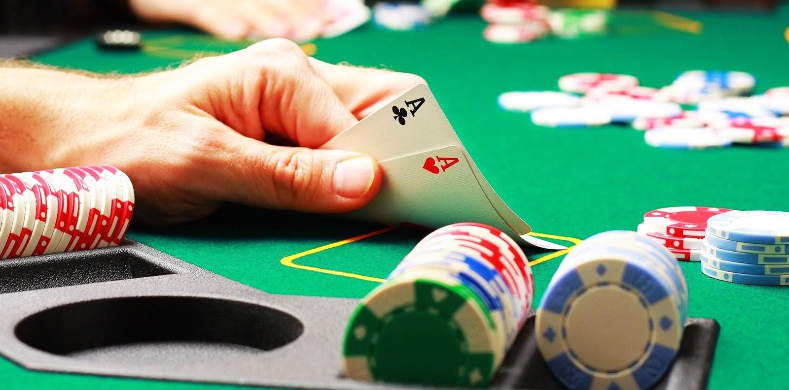 Game poker đổi thưởng online là gì